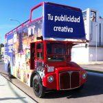 Plaqué adquiere un original autobús inglés para publicidad y eventos